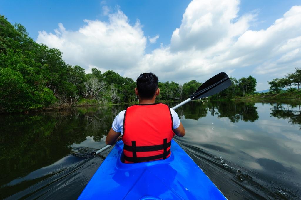 activity-kayaking